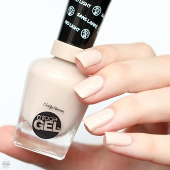 Sally-Hansen-Birthday-Suit-Mircale-Gel-2