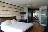 2 bedroom beachfront apartment on jomtien     for sale in Jomtien Pattaya