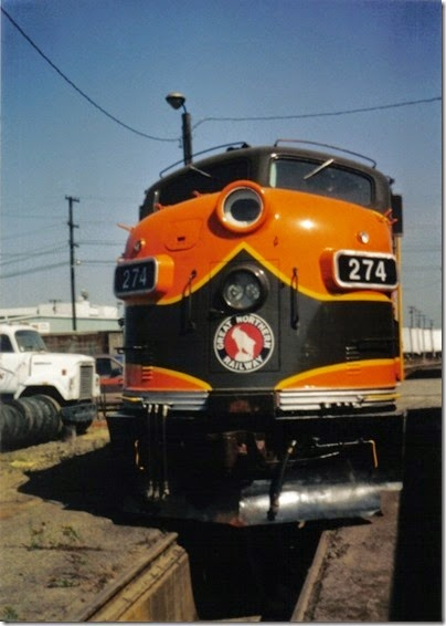11 Great Northern F7A #274 at the Brooklyn Roundhouse in Portland, Oregon on August 25, 2002