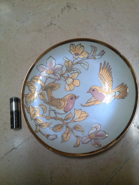 Piring Porcelain Jepang Motif Burung 1