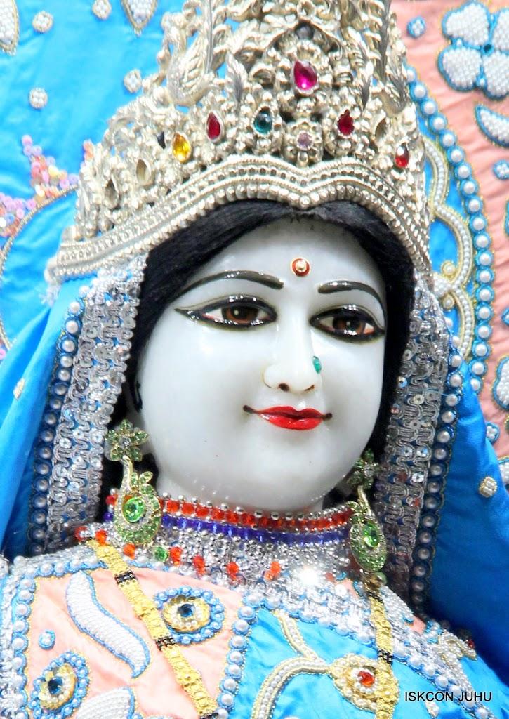 ISKCON Juhu Mangal Deity Darshan 11 Feb 16 (37)