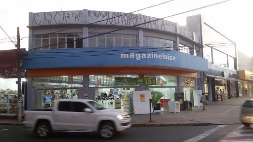 Magazine Luiza Centro de Mogi Guaçu, R. Treze de Maio, 21 - Centro, Mogi Guaçu - SP, 13840-015, Brasil, Loja_de_aparelhos_electrónicos, estado São Paulo