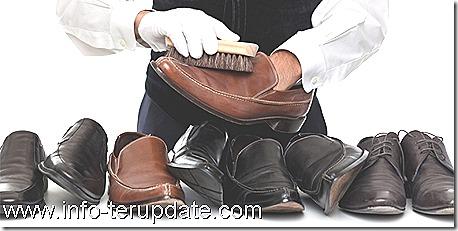 Tips Cermat Merawat Sepatu Kulit