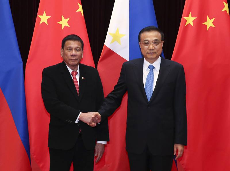 Image of Premier Li and President Duterte, met