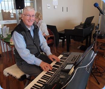 Club President, Gordon Sutherland, playing his Korg Pa3X. Photo courtesy of Dennis Lyons.