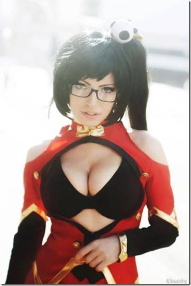 hot-cosplay-girls-016