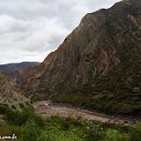 Rocha caprichosa nos Andes Peruanos Rumo a Ayacucho - Peru