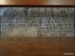 Église Sainte-Marie-Madeleine de Domont : pierre tombale du prieur Arnaud de Gastiles et de Marie de Cantemelle (détail des inscritpions en latin g. et en français dr.)
