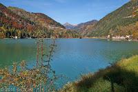 Der Ort Alleghe am gleichnamigen See.