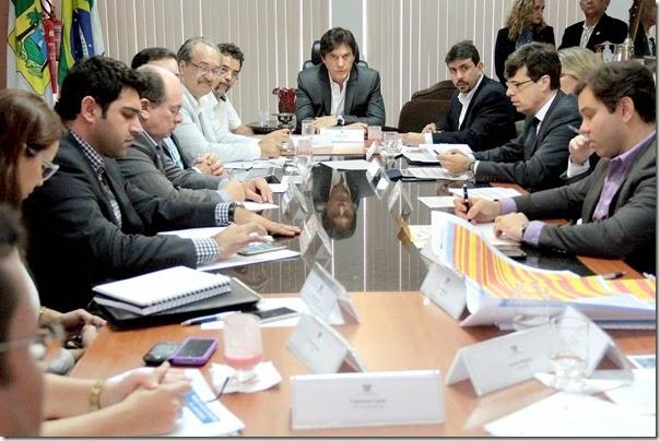 18.05 Reunião técnica sobre abastecimento de água - Foto Rayane Mainara (3)