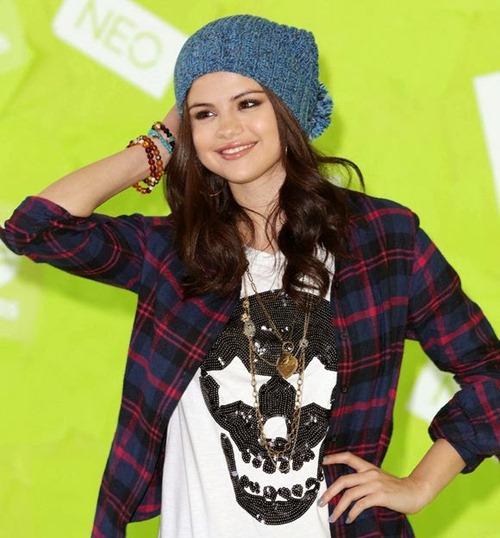 Selena Gomez cute (16)