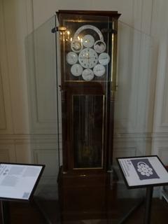 2015.08.08-104 horloge de l'appartement de l'empereur