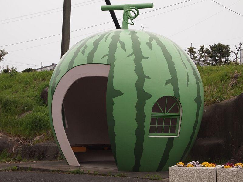 konagai-isahaya-fruit-bus-stops-9