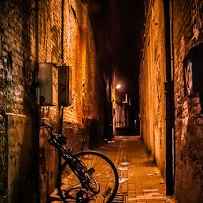 Gand by Stéphane zOz - City,  Street & Park  Street Scenes ( cycle, rue, street, belgique, gand, zoz, belgium, night )