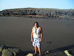 Marta en la Playa de Montaña Pelada
