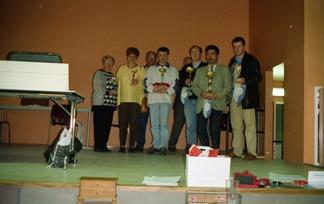 2001.04.07-144.14 vainqueurs