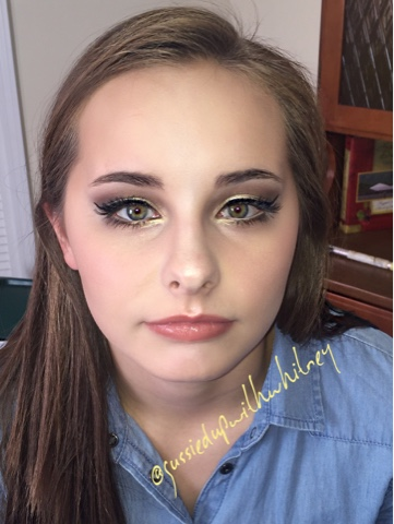 Gussied Up : High School Beauty Pageant Session