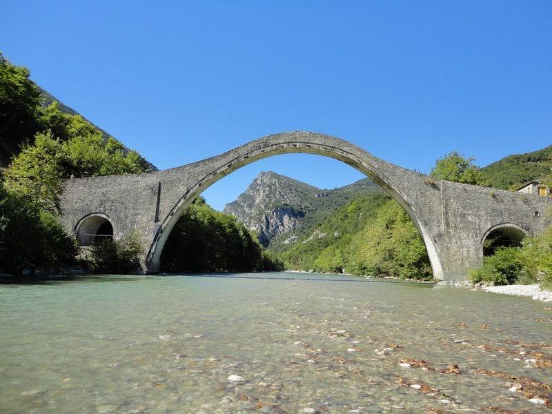 plaka-bridge-4