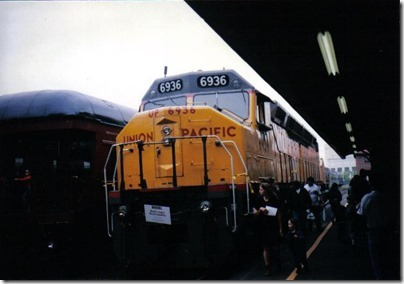Union Pacific DDA40X #6936 at Union Station in Portland, Oregon on May 11, 1996