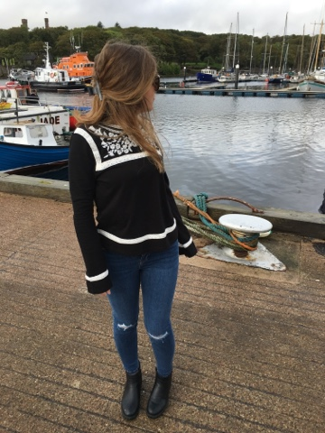 laurenrhiannon, Stornoway, Topshop, Embroidered Top, Jamie Jeans, Outfit, blog, Quay, My Girl