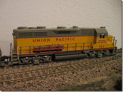 IMG_4626 T-Scale Train on HO-Scale GP35