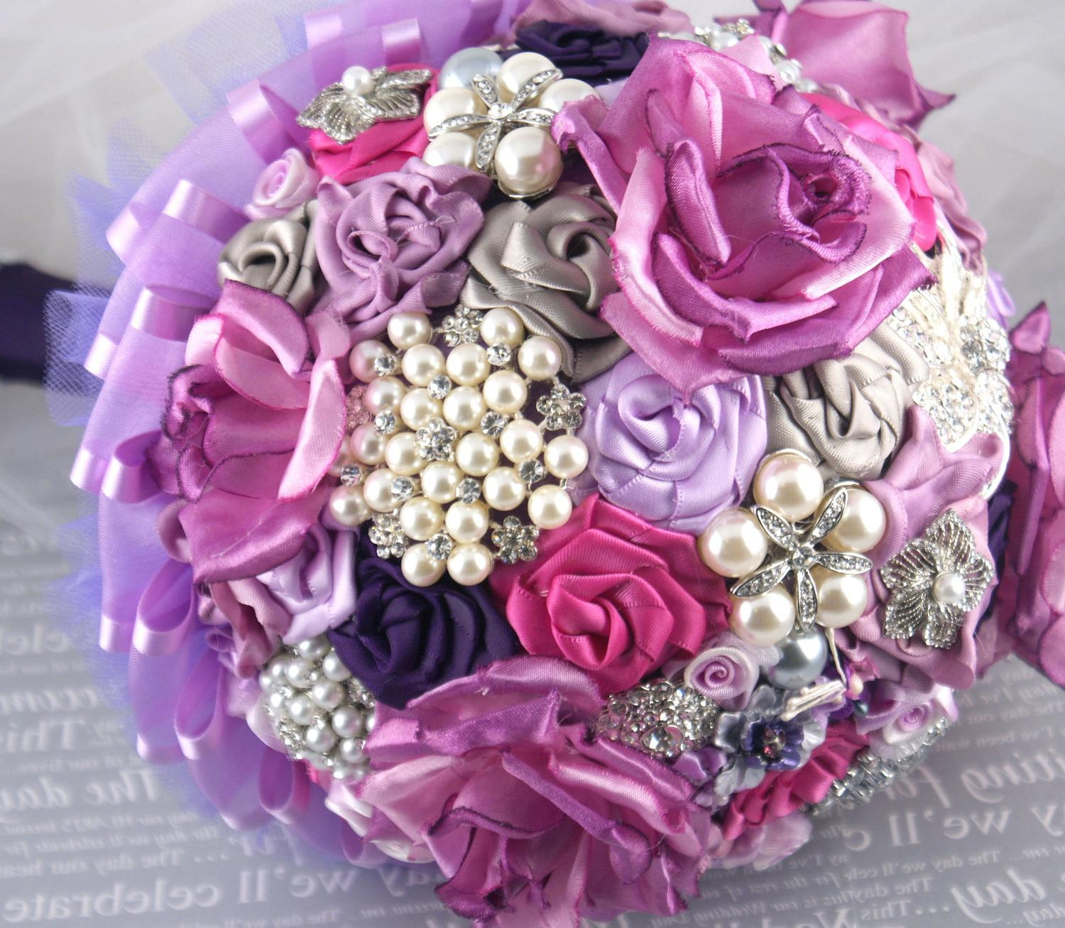 Brooch Bouquet- Bridal Bouquet in Lilac, Plum and light grey, Brooches,