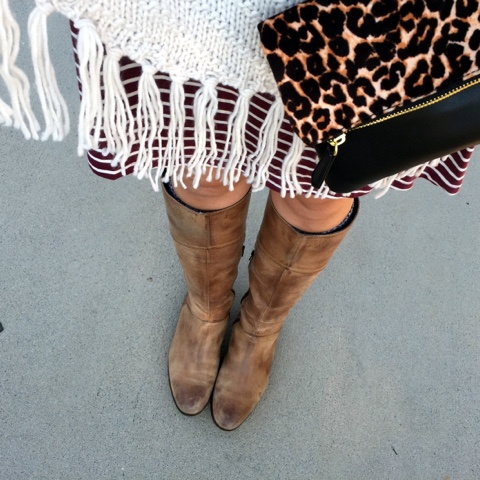 how to style a poncho, pattern mixing, fall fashion