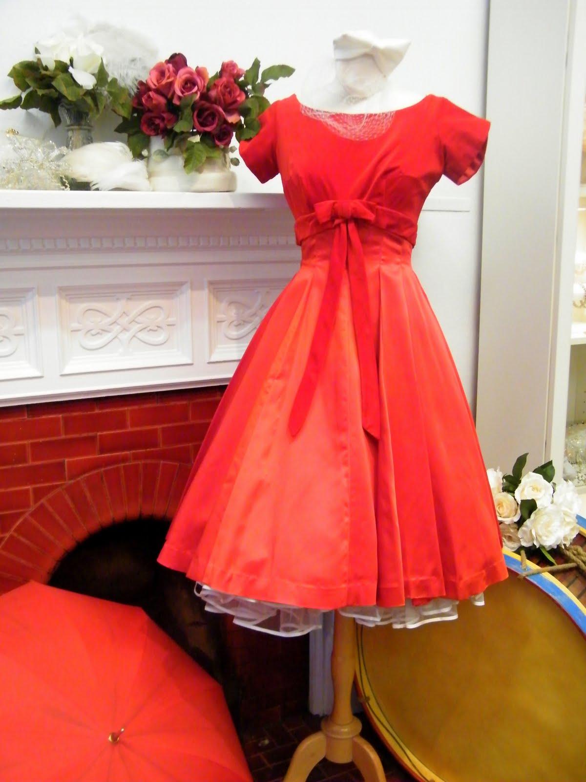 1950 s wedding style dresses