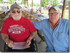 Gib and Bo have some great family memories to share.  And Bo is holding a copy of my Niehaus Family Newsletter.  Maybe they're thinking of stories for next year.