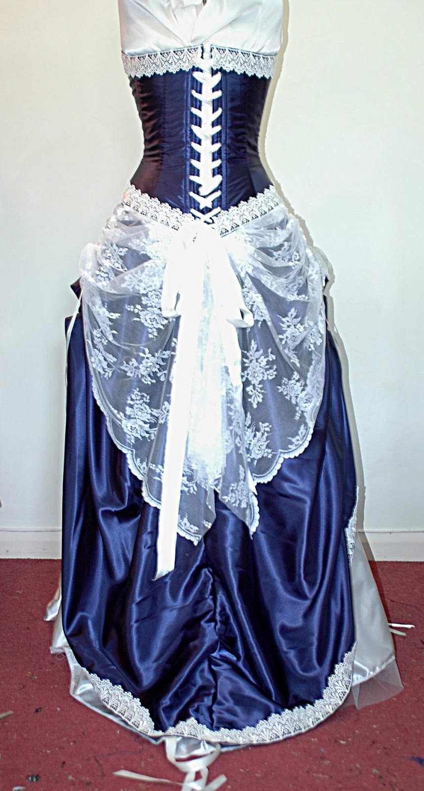 adustable wedding gown