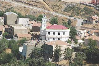 Initié par l'association imghane tizamourine d'akfadou (béjaïa),  Vers un partenariat citoyen franco-algérien