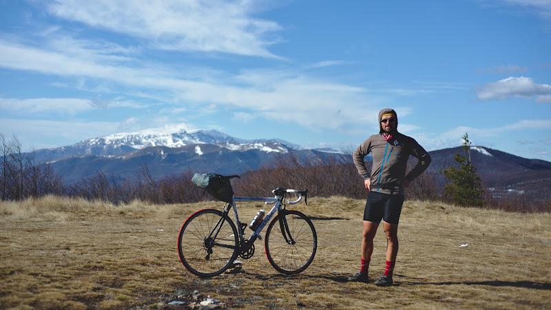 Privind spre muntii din mijlocul Bulgariei.