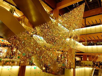 """東京ミッドタウンのクリスマスイルミネーション2015 """"ダイヤモンド・ダスト"""""""