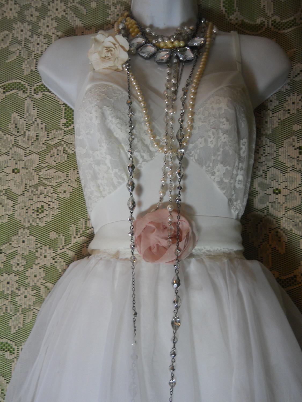 Beauteous strapless empire wasit mermaid lace satin chapel train bridal frock