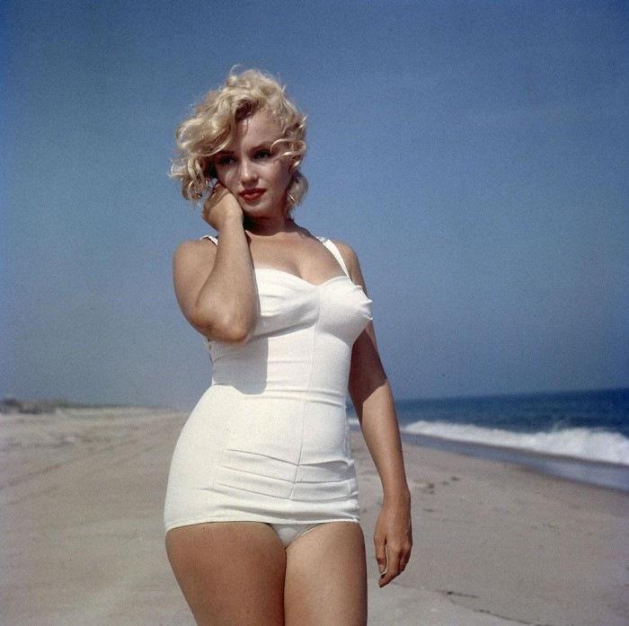 Marilyn Hot