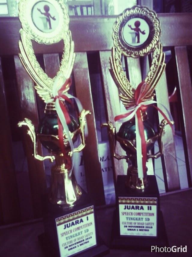 Juara 1 dan 2 Speech Competition di SMANSA Metro