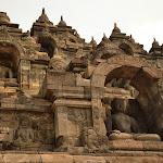 Borodubur to do dziś najważniejsza świątynia buddyjska w Indonezji i jedna z największych w całej Azji południowo-wschodniej