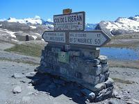 Auf dem Scheitel des Col de l'Iséran.