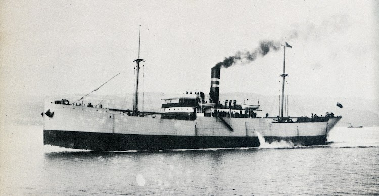 CLYDE RIVER SS, built by Russell & Co. in 1905. This vessel subsequently Became Well Known for her part in the Gallipoli campaign.  From the book SHIPBUILDING FROM OLD CLYDE PHOTOGRAPHS.jpg