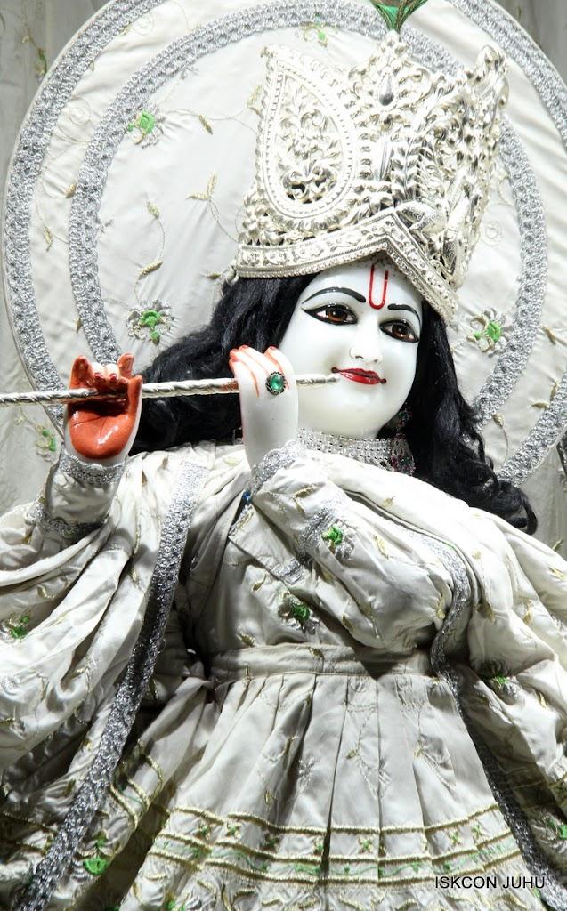 ISKCON Juhu Mangal Deity Darshan 21 Jan 16 (27)