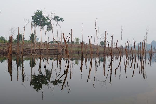 озеро река таланг нам тхеунг