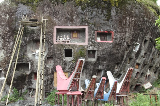 Rock graves of southern Tana Toraja