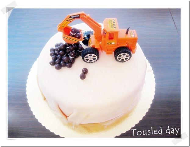 Digger cake-fondan cake