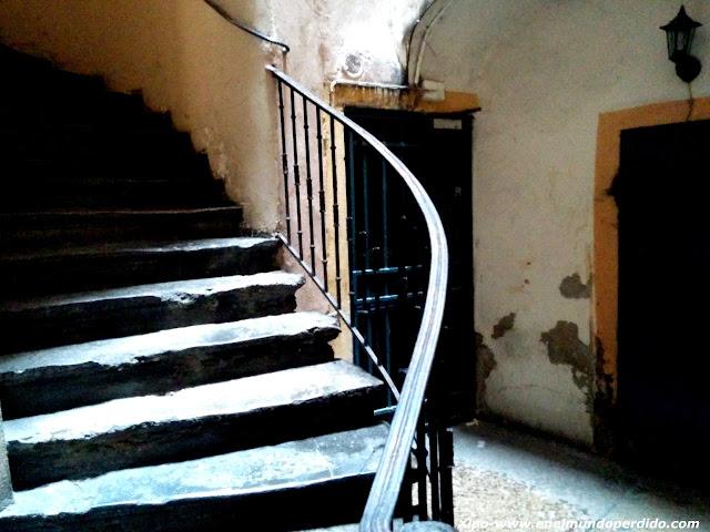 escalera-traboule-lyon.jpg