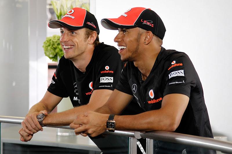 Дженсон Баттон и Льюис Хэмилтон на Гран-при Монако 2011