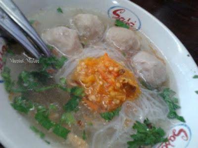 maniak-makan-bakso-kadipolo-rs-pku-solo