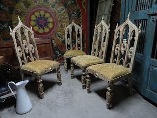Четыре стула в Готическом стиле. 19-й век.