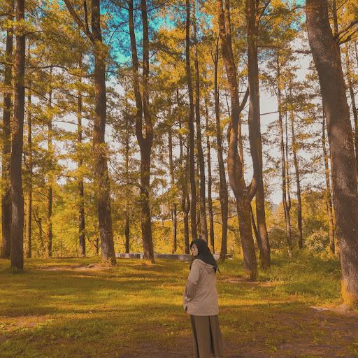 Biografi Fatih Seferagic ~ Karena Kita Manusia Biasa