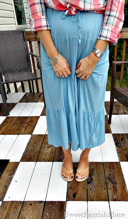 Blue maxi dress, plaid blouse, nude flip flops4