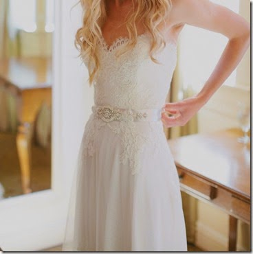 Gorgeous-Lace-Chiffon-Wedding-Dress-With-Beaded-Belt-Embellishment